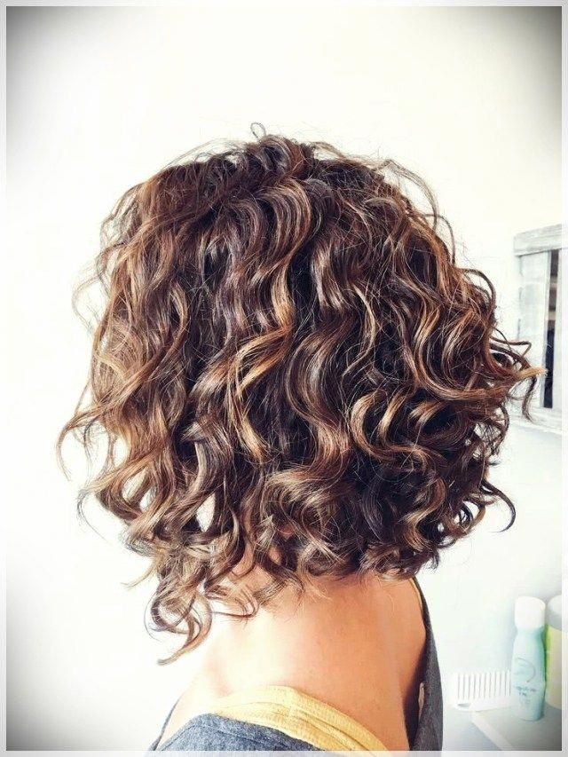 Curly Hair Website Medium Haircuts For Naturally Curly Hair Hair Tips For Natural Curly Hair 20190216 Hair Styles Curly Hair Styles Naturally Wavy Haircuts