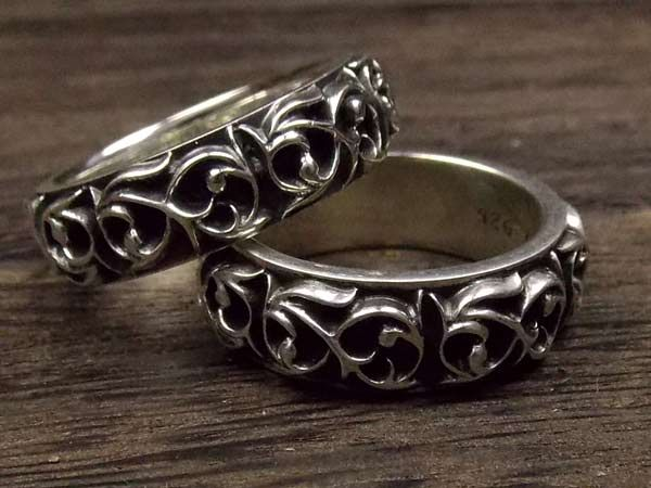 CHROME HEARTS Eternity Vine Band Ring