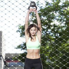 The Kettlebell Workout Everyone Needs to Do