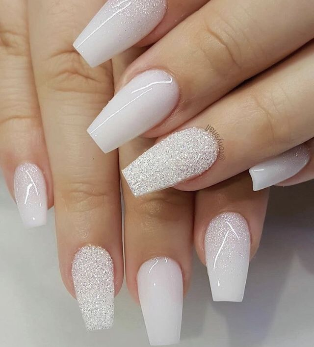 Credit To Unhas Nobre On Instagram Glitter Nails Acrylic White Acrylic Nails Nails