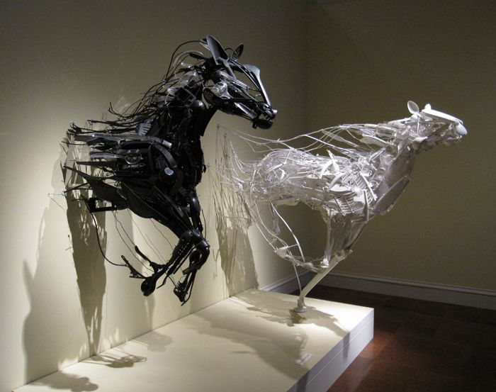 Recycled plastic animal sculptures by Sayaka Ganz