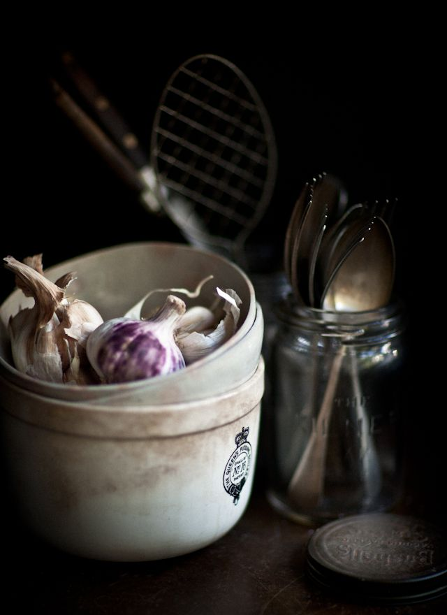 composition, contrast between dark background and light bowls, props, vintage look, #bywstudent