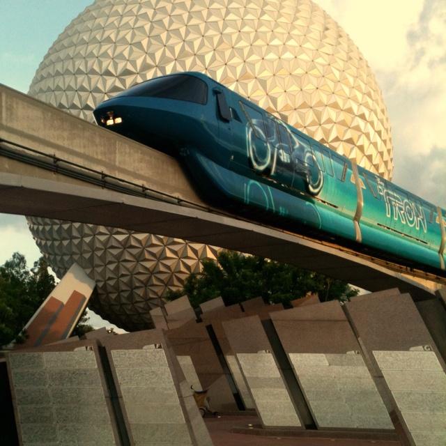 Tronorail: Disney Stuff, Disney Resorts, Disney Transportation, Disney Monorail, Disney Parks, Mis Logro, Disney Ooo, Things Disney, Disneyland California