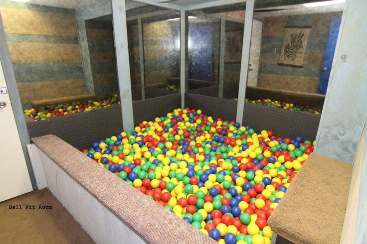 Just need to make this beast enclosure but i have like - Bed made of balls ...