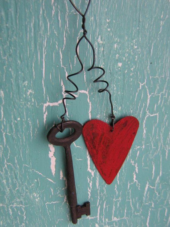 Primitive Valentine Crafts | Home Decor Primitive Rusty Metal Key With ... | Valentines Craft/Decor