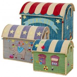 Colorati cesti porta giochi di Rice, per la cameretta dei bambini o qualsiasi altra stanza della casa! A tema del Circo.