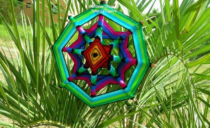 Mandalas Uruguay: Mandala artesanal textil - Realizado en lana y mad...