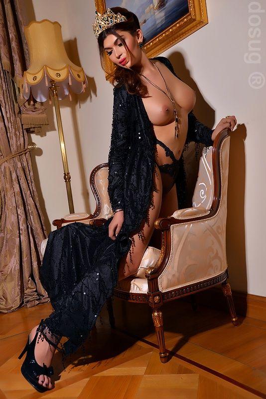 Аурелия, Россия, Москва, возраст - 23, рост - 180, размер груди - 4, Выезд. Апартаменты. ( В районе станции м. Белорусская )  #досуг #интимзаденьги #трансы #транссексуал #индивидуалки #интим