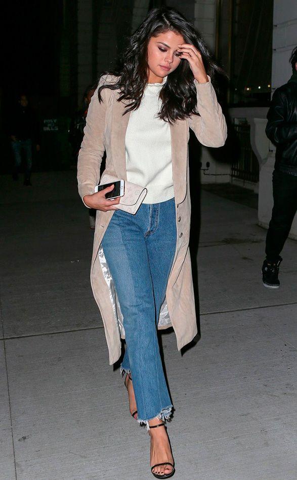 Seja mérito de seu stylist, Chris Classen, ou simplesmente a evolução natural das coisas, Selena Gomez tem arrasado nos looks ultimamente, hein? E uma das principais características dessa nova fase do estilo dela é a inspiração nos nossos amados anos 90! O melhor? Ela usa de um jeito em que essa referência fica clara, mas …