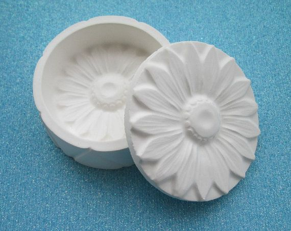 59 best images about plaster caster on pinterest for Plaster crafts to paint