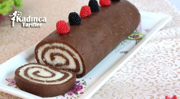 Bisküvili Rulo Pasta Tarifi nasıl yapılır? Bisküvili Rulo Pasta Tarifi'nin malzemeleri, resimli anlatımı ve yapılışı için tıklayın. Yazar: Sümeyra Temel