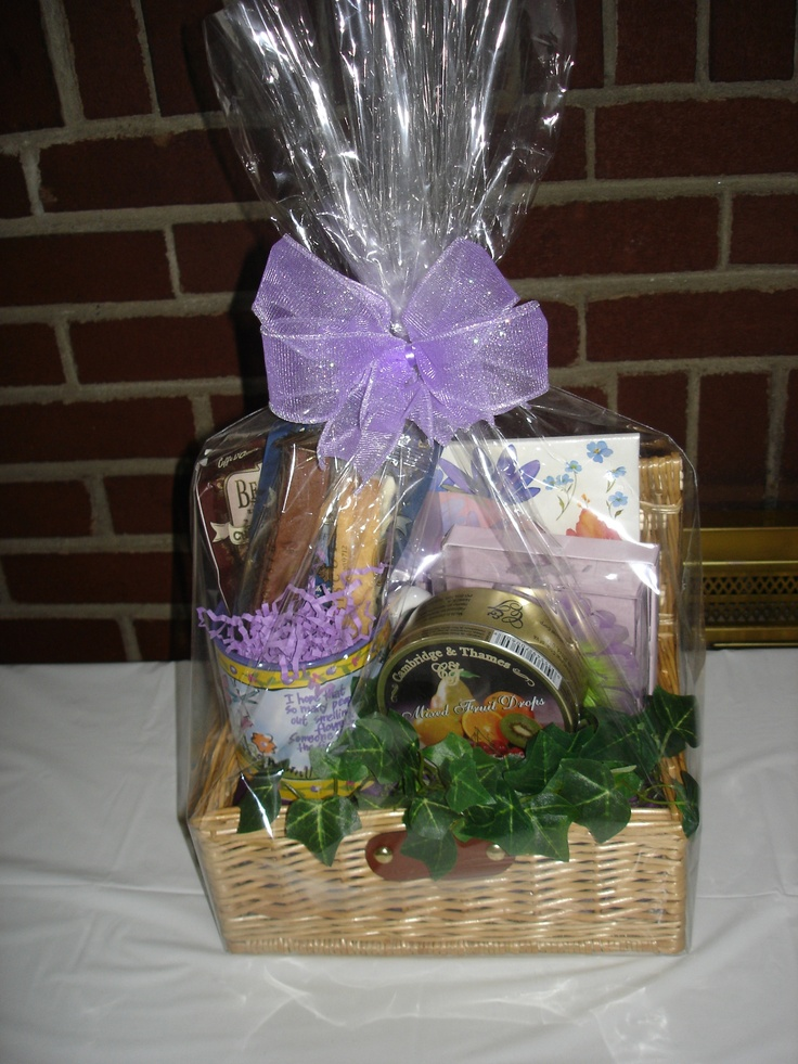 Woman' Gift basket - any occassion