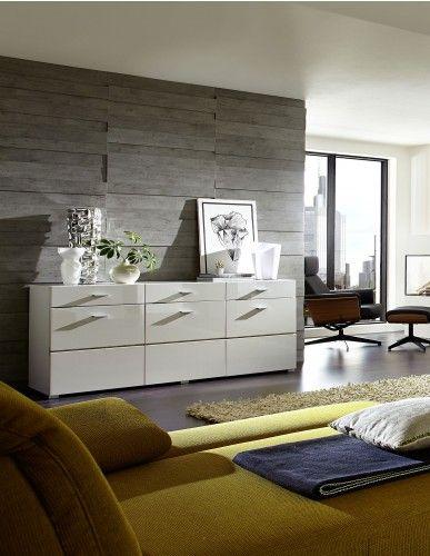 Dieses Sideboard überzeugt durch aktuelles Design in weiss hochglanz und ausreichend Stauraum für Geschirr, Gläser und vieles mehr.  Sideboard weiss hochglanz/ weiss glänzend 22-00572