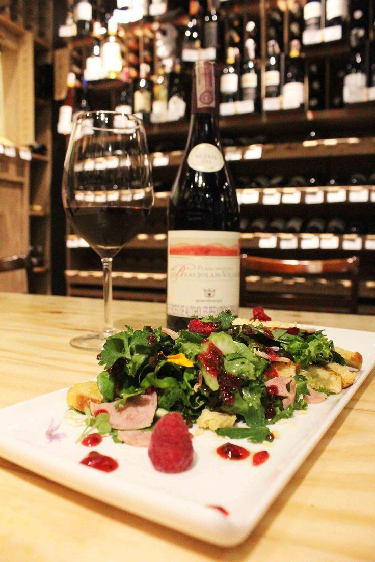 Empezamos semana en Boutique 90 Tienda de Vinos! Conozca nuestra selección de vinos aqui: www.daniel.com.co/boutique90
