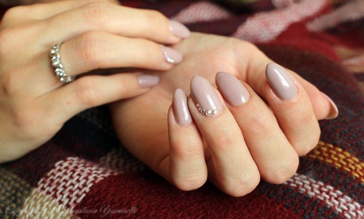 Manicure Hybrydowy: Semilac 140 Little Stone | Yasminella Rozmyśla
