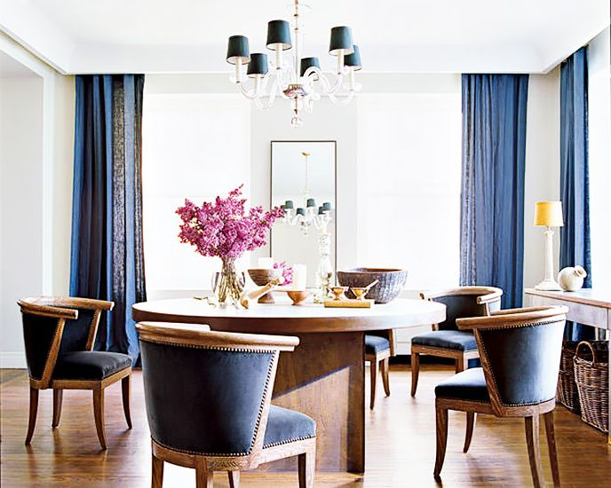 Tour the Ultimate Designer Dream Home// round dining table, Nate Berkus, velvet chairs, linen curtainsDining Rooms, Nate Berkus, Dining Area, Nateberkus, Chicago Apartment, Elle Decor, Chairs, Diningroom, Apartments Interiors