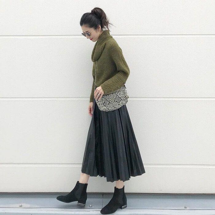 プリーツスカート【コーデ集2019】色別に着こなしを変えるコツ