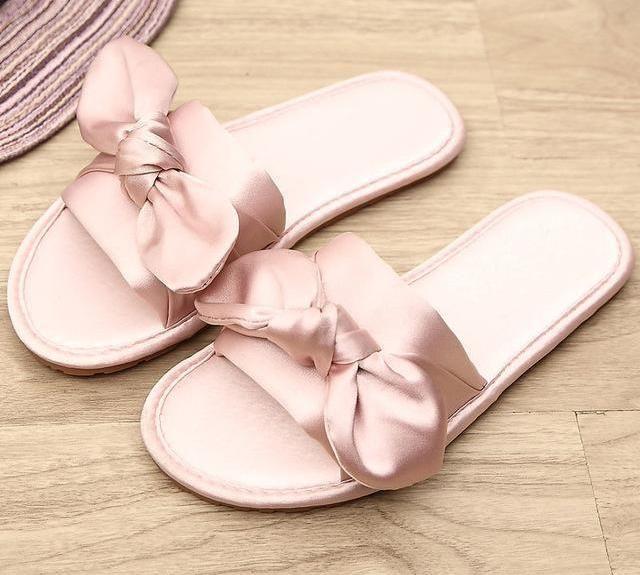 Womens slippers, Womens fashion casual