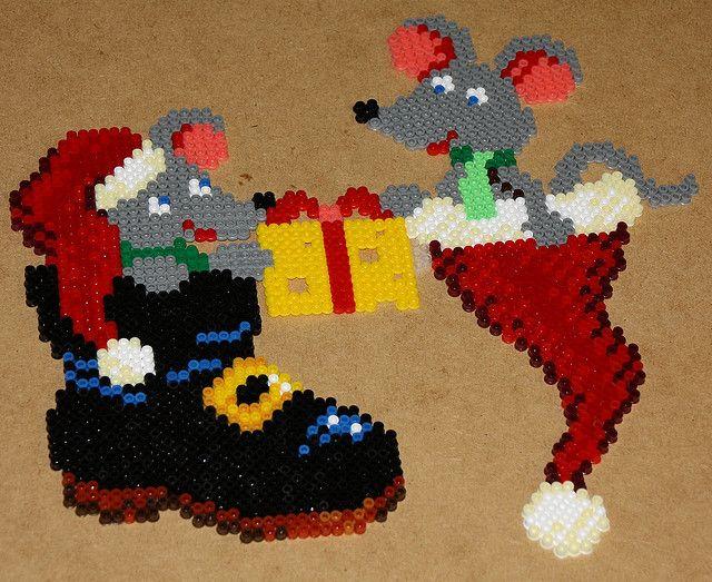 Christmas hama perler beads by dolmibine
