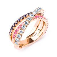 Anillo de oro rosa con zafiros, esmeraldas y diamantes