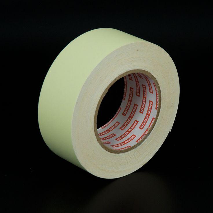 Cinta adhesiva fotoluminiscente - Cinta adhesiva fotoluminiscente fácil de aplicar en paredes, pasamanos, columnas, alrededor de los marcos, y ... ¡se carga a los 30 minutos!