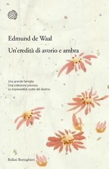Un'eredità di avorio e ambra. Edmund de Waal. Per ora (p.150) lo consiglio a chi pensa che Proust non gli abbia cambiato la vita, che la storia sia fatta di grandi idee e non di piccole cose, che collezionare oggetti sia una perdita di tempo. Quanta bellezza e quanto lunga passione puo' generare il denaro ben speso?