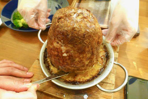 【衝撃グルメ】エベレスト級の「肉塊ハンバーグ」が激ウマ&超コスパ! 札幌市「北海道 × スパニッシュSPOON」 | ロケットニュース24