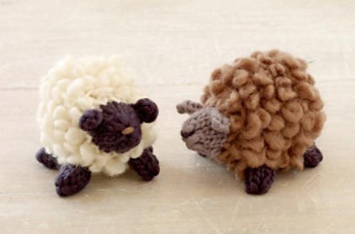 #knit #free #ravelry // Cute sheep