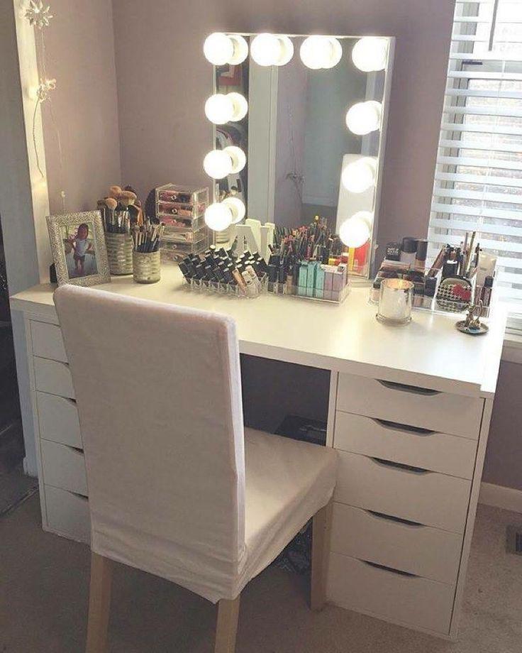 Makeup table goals