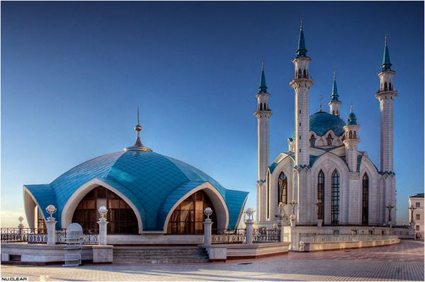 Qolsharif Mosque (Kazan, Russia) (Image Credit: Wikipedia)