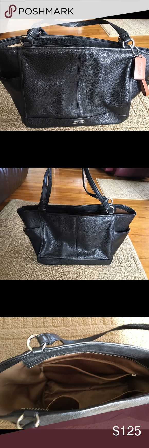 COACH POCKETBOOK!. AWESOME DEAL ON THIS ONE! COACH POCKETBOOK! BRAND NEW AND NEVER USED!  (NC) Coach Bags Shoulder Bags