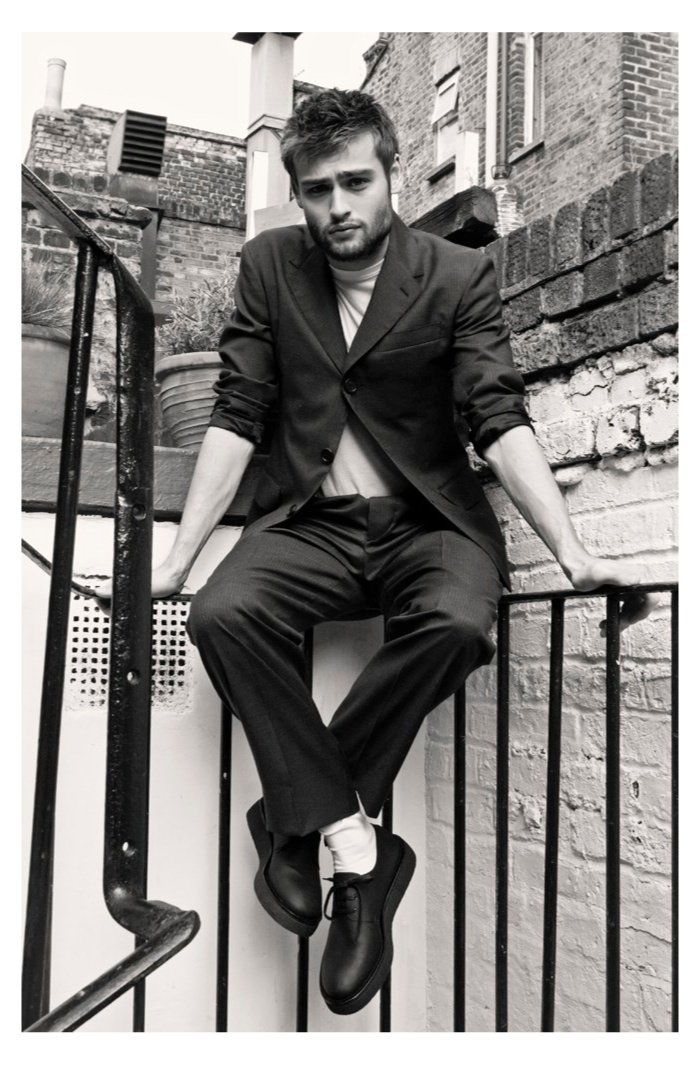Happy birthday Douglas Booth! May your acting remain amazing, your voice remain enchanting, and you remain your beautiful self!