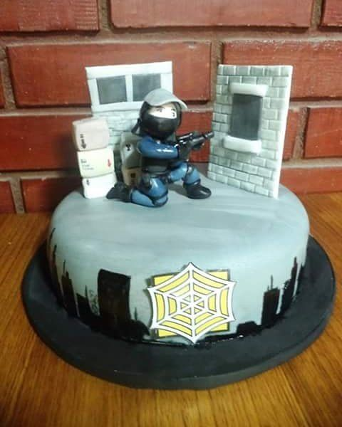 #Rainbow_Six_Siege #fondant #cake by Volován Productos  #instacake #puq #Chile #VolovanProductos #Cakes #Cakestagram #SweetCake