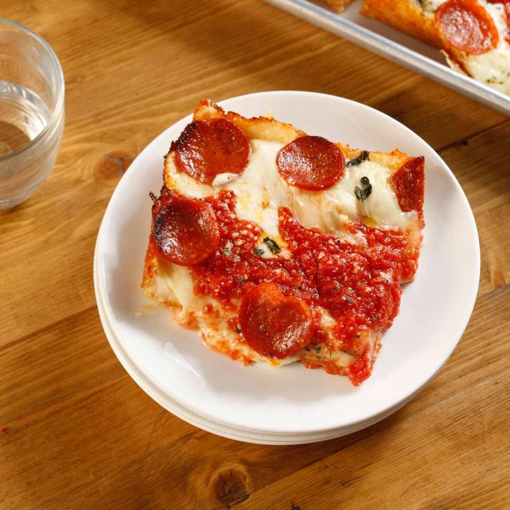 Brooklyn Pizza Destination Emily Will Open a Sandwich and Square-Pie Spinoff