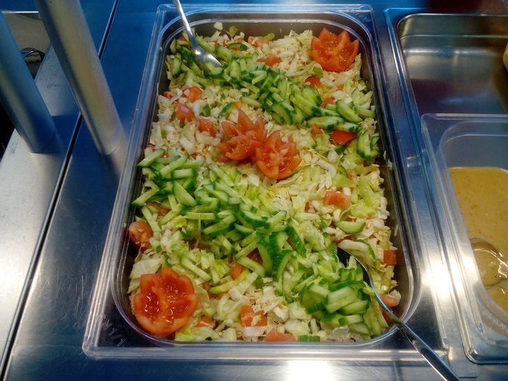 Kyllä on kaunis salaatti.