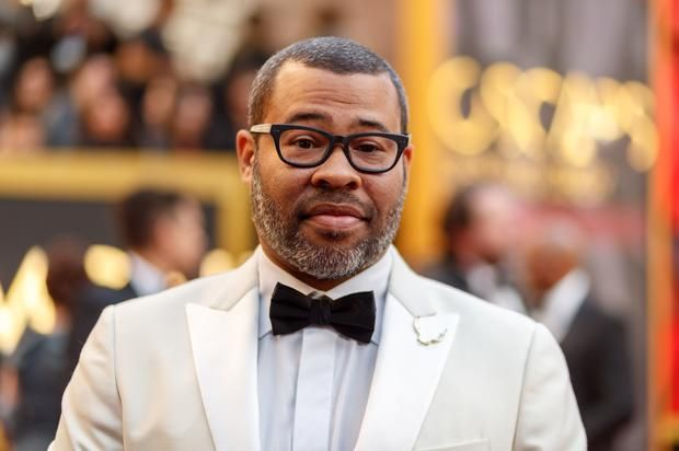 "Jordan Peele's ""Get Out"" Wins Oscar For Best Original Screenplay Jordan Peele makes history.https://www.hotnewhiphop.com/jordan-peeles-get-out-wins-oscar-for-best-original-screenplay-news.45027.html Go to Source A... http://drwong.live/article/jordan-peeles-get-out-wins-oscar-for-best-original-screenplay-news-45027-html/"