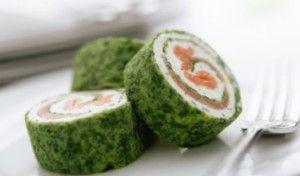 Rulada verde cu branza si somon afumat