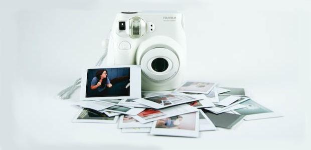 Win a Fujifilm Instax Mini 7s Camera!
