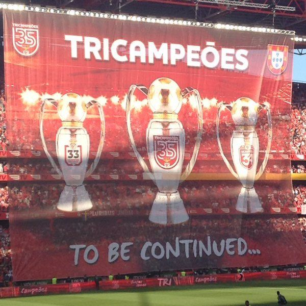 (13) Hashtag #Benfica2016 no Twitter