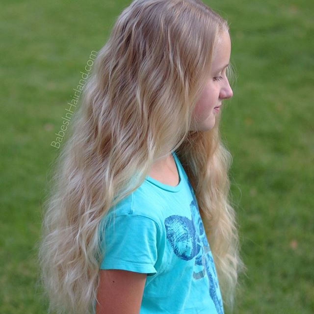 My 10 Year Old Had A Dutch Braid All Day Yesterday After We Combed It Out She Gorgeous Waves I Almost Felt Guilty Sending Her To Bed With Such