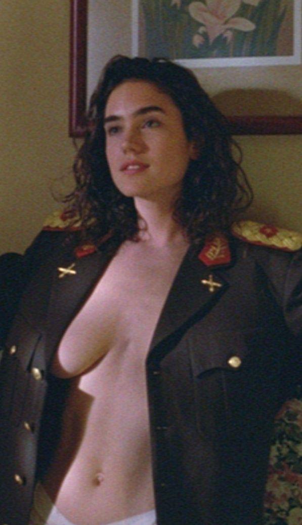 Jennifer la scène nudiste