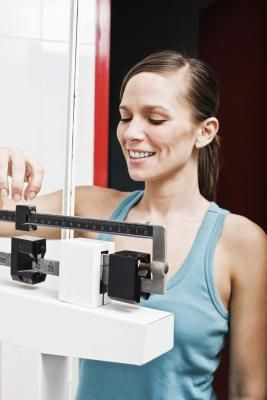 Cómo perder 15 libras si pesas 150 libras  | LIVESTRONG.COM en Español