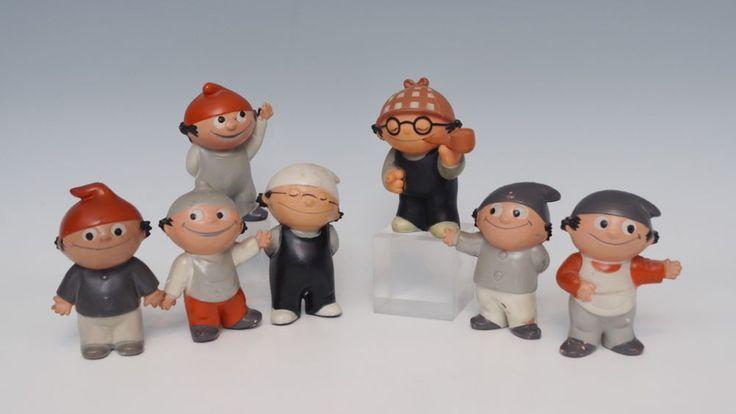 7 Mainzelmännchen, Fa. Goebel, Kunststoff, 6 davon gez. mit ZDF-Logo und Goebel-Zeichen,Det mit Pfe — Spielzeug, Puppe, Puppenstube, Steiff, Blech, Blechspielzeug, Märklin, Eisenbahn, Spur 0, Teddy