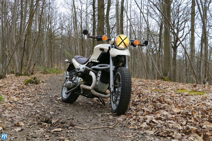 Présentation de la BMW R1150R/M personnalisée par Modification Motorcycles
