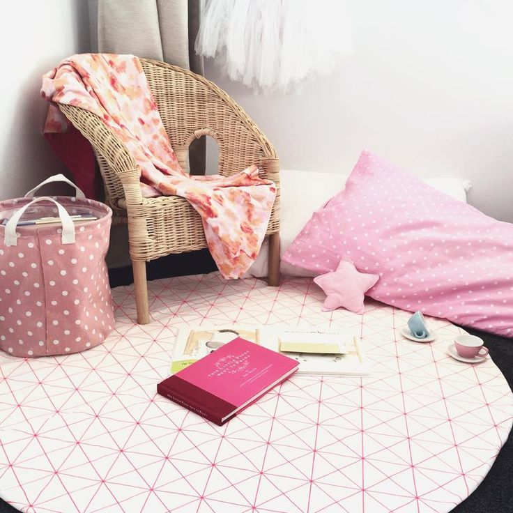 Adorable reading corner. Featuring our new Neon Grid Pink play mat and Water Color Bouquet minky blanket. Love Love Love!!!