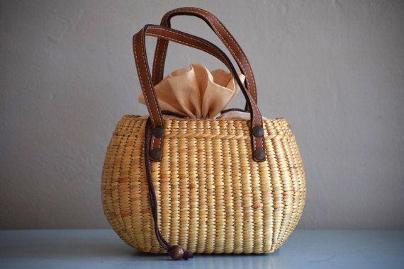 Hand woven mini straw tote// picnic basket// by Seagrasstotes