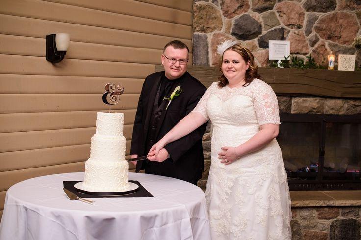 Jason & Jamie Lyn are Married – Oakwood Inn, Grand Bend, Ontario