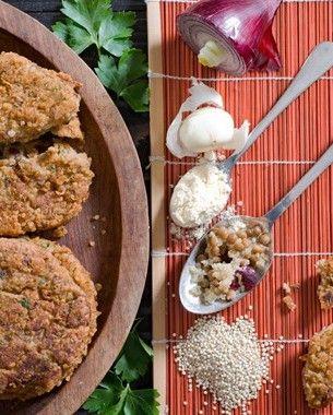 Hamburger di Quinoa e lenticchie. Ricetta di Marco Bianchi