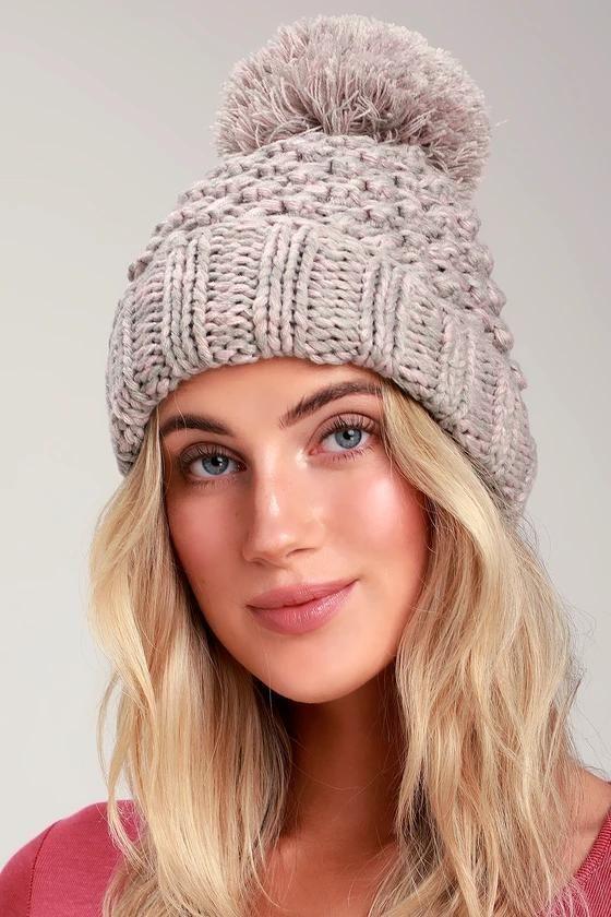 700597918 Stylish Women's Winter Hats To Keep You Warm | Women's Fashion ...