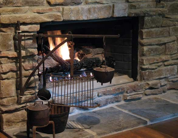 269 best Prim & Colonial Fireplaces & Early Accessories images on ...